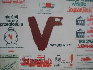 Kolaz plaktów wyborczych z czerwca 1989