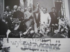 Solidarnosc oglasza zwyciestwo