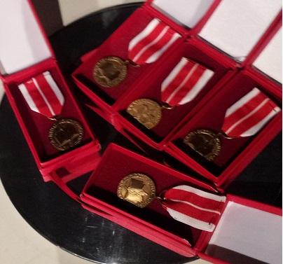 5 medali KEN
