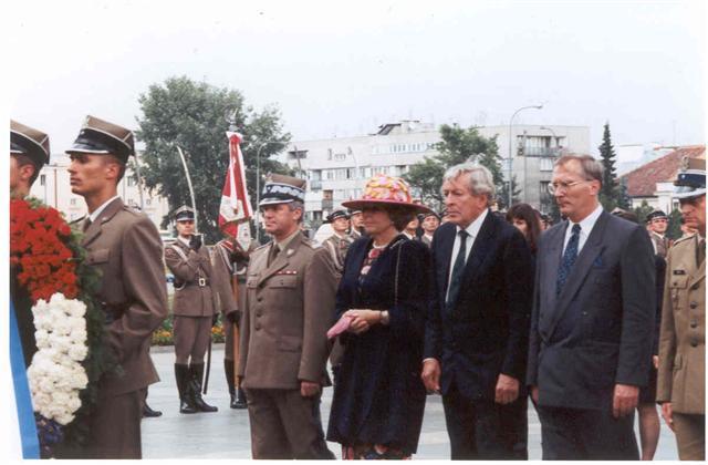 krolowa-beatrix-warszawa-2-lipca-1997-fot-m-bos-karczewska-small.jpg